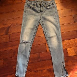 Cutest AE skinny and stretchy jeans